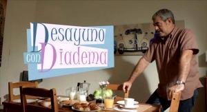 Desayuno con diadema 1