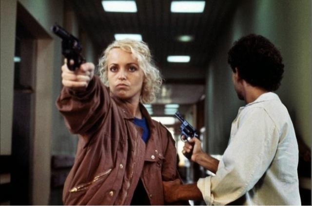 """Grandes adaptaciones: Victoria Abril duendecilla en """"La Muchacha de las bragas de oro"""" (1979). Tantenado la España de la Transición en """"Asesinato en el comité central"""" (1982) y """"Fanny Pelopaja"""" (1984), simpatías de Aranda por lo torcido."""